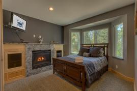 Elk View Bedroom 5